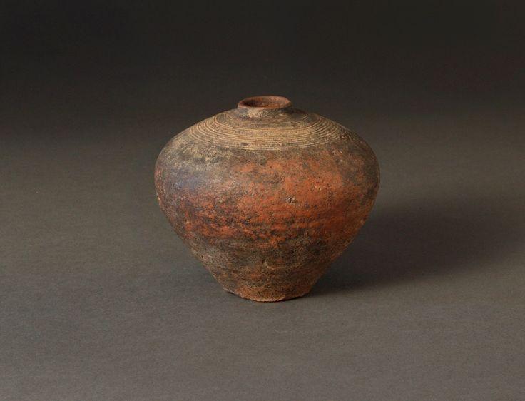 earthenware jar from Vietnam age unknown