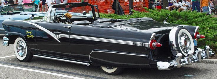 1956-Ford-Sunliner-Black-Convertible-
