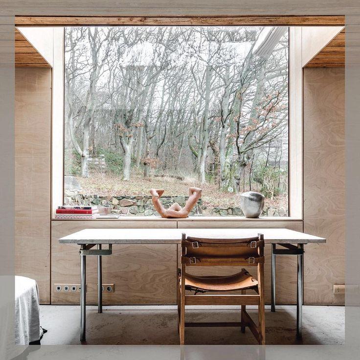 A desk with a view in Sweden. A coastal town villa surrounded by an oak forest, for sale by @perjanssonfastighetsformedling. ⠀ .⠀ .⠀ .⠀ .⠀ .⠀ #sweden #swedishrealestate #architecture #villa #waterfrontview #scandinaviandesign #interiordesign #minimalist #minimalistdesign #scandinavianinterior #scandinavianhome #interiorinspo #homedesign #homestyling #whitedesign #interiors #minimaldesign #nature #brickandwonder