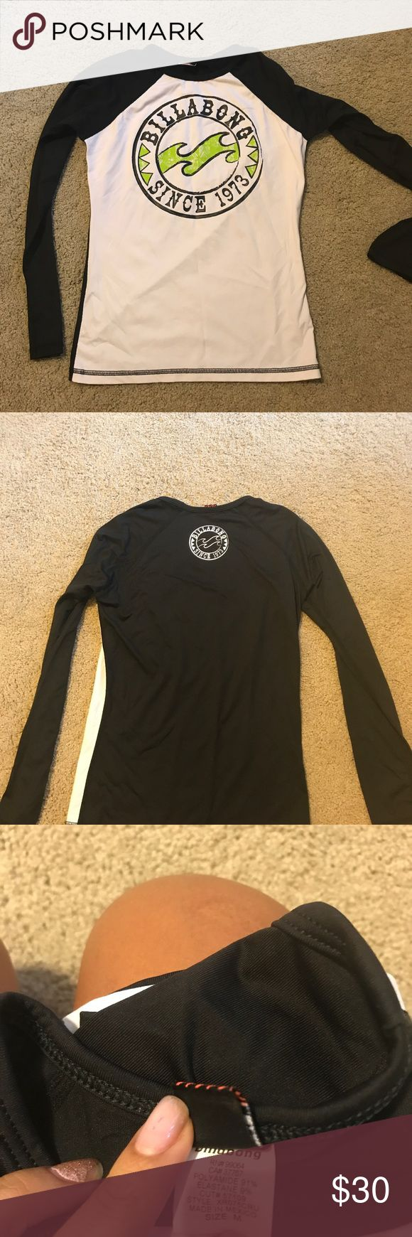 Billabong rash guard Brand new without tags. Size medium. Great use for being in the water jet skiing, booth boarding, surfing...😬 Billabong Swim Coverups