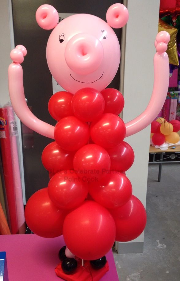 Peppa pig balloon decoration. Made by Let's Celebrate Parties.