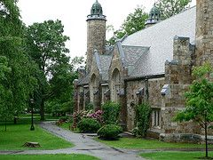25 Top Ranking New England Colleges and Universities: Bates College