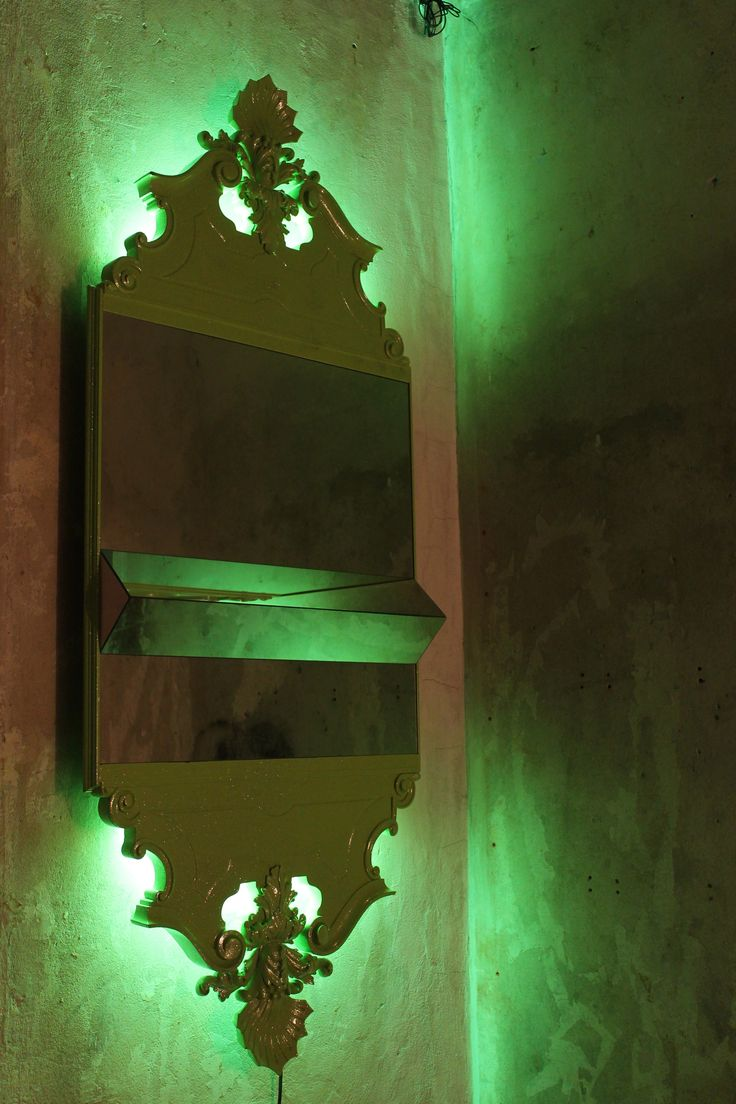 "Nanda Vigo, ""Independence Mirror"", 2005, Italy. #erastudioapartmentgallery #erastudio #nandavigo #independencemirror #mirror #independence #uniquepiece #wood #lacquer #glitter #greenneon #neonlights #madeinitaly #design #gallery #collectibledesign #italy #milan #igersmilan #exhibition #kitsch #details"