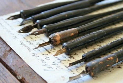 Calligraphy Pens: Brown Dresses, Books, Vintage, Art, Fountain Pens, White Dots, Writing Letters, Pens And Ink, Calligraphy Pens