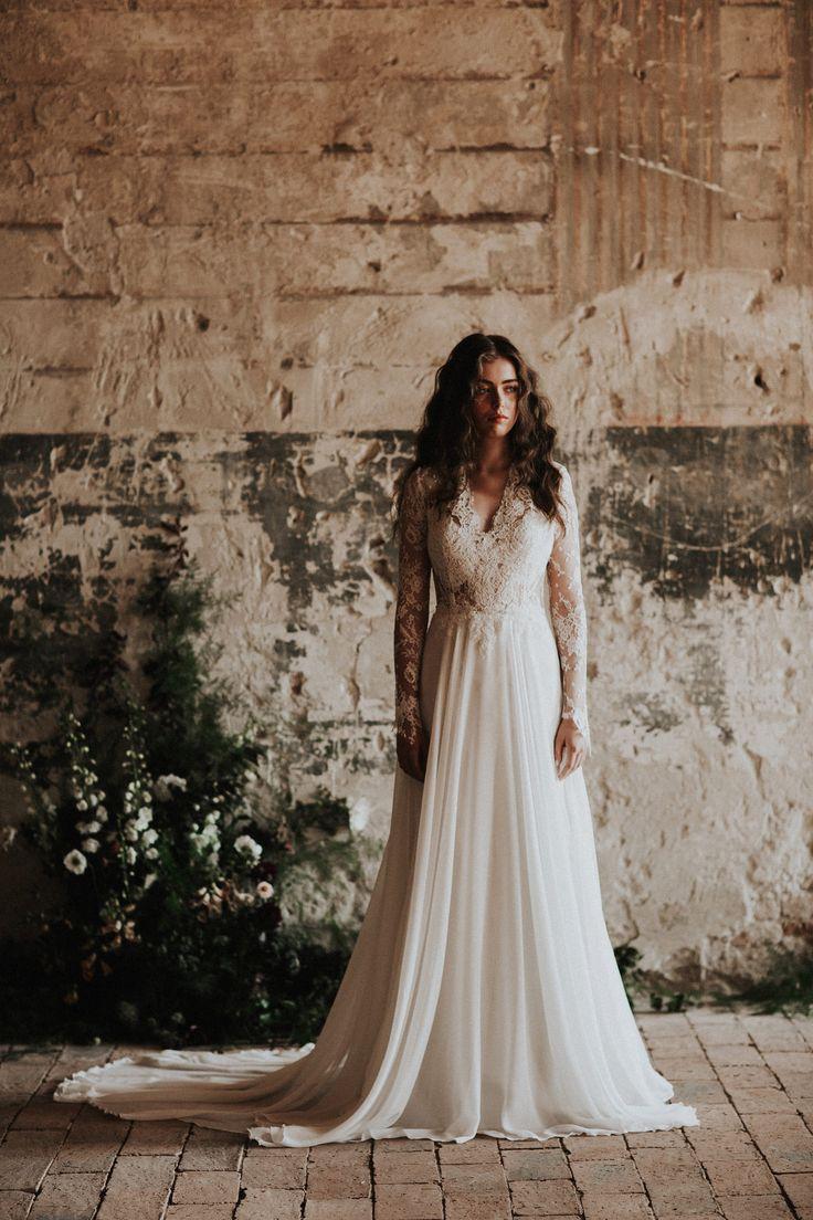 The Ambrosia gown / Nora Sarman Bridal / photo Pinewood Weddings