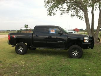 2009 Chevy Silverado for sale by owner on Calling All Cars https://www.cacars.com/SUV/Chevy/Silverado/2009_Chevy_Silverado_for_sale_1010833.html