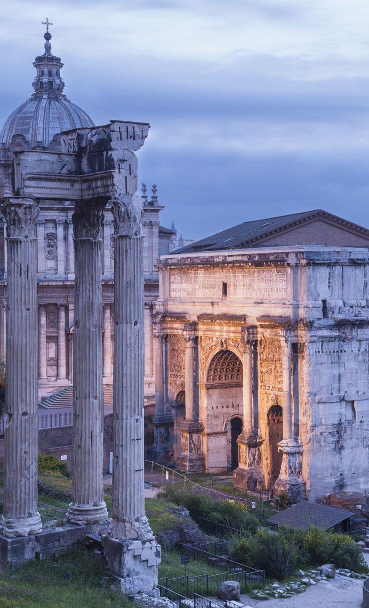Eine der größten Touristenattraktion in Rom: das Forum Romanum