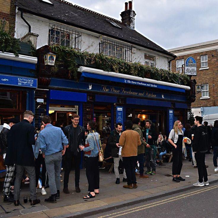 #ロンドン  #写真  #英国  #イギリス  #ロンドン日常生活 #ロンドン写真 #大好きなロンドン #イングリッシュ パブ #orcacollective
