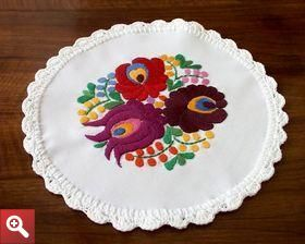 Doily with Matyo embroidery - MKDOI-TR-002