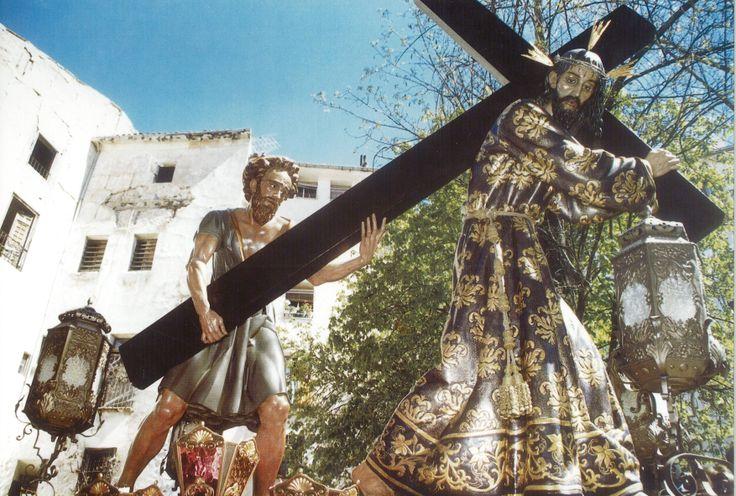 Semana Santa 1998 Hermandad de Nuestro Padre Jesús Nazareno (de El Salvador) Fotografía de Luis Miguel Caballero distribuida en la carpeta editada por la Junta de Cofradías en la Semana Santa de 1998 #SemanaSanta #Cuenca #HermandadJesusNazarenoSalvador