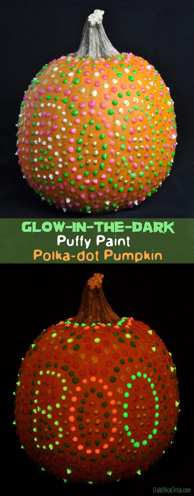 Glow in the Dark Puffy Paint Pumpkin with #polkadots #Halloween