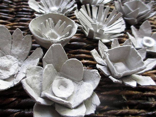 Egg carton flowers fun for the holidays. With a little gold white and silver paint!