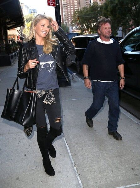 (S) Christie Brinkley Photos - John Mellencamp and Christie Brinkley Go out in New York City - Zimbio