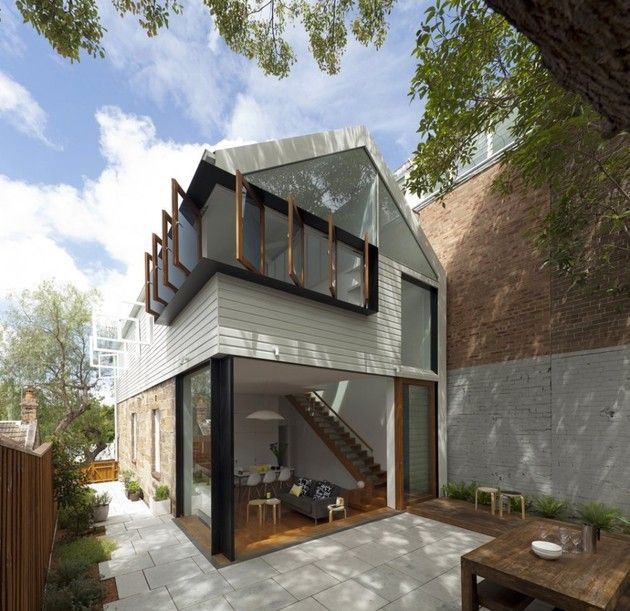 Pivot Windows Bring Air and Unique Look to Sydney Home