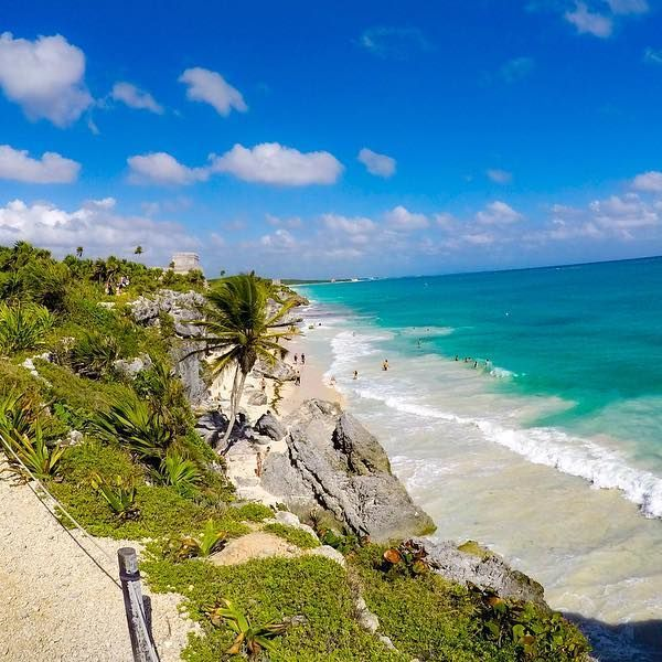 The beautiful Tulum Mexico... #tulum #mexico #gopro #turquoise #love #wawmexico #travel #bloggertravel #instatravel #instabeach #beachgram #blueday #happyday #トゥルム #メキシコ #ビーチ #カリブ海 #旅行