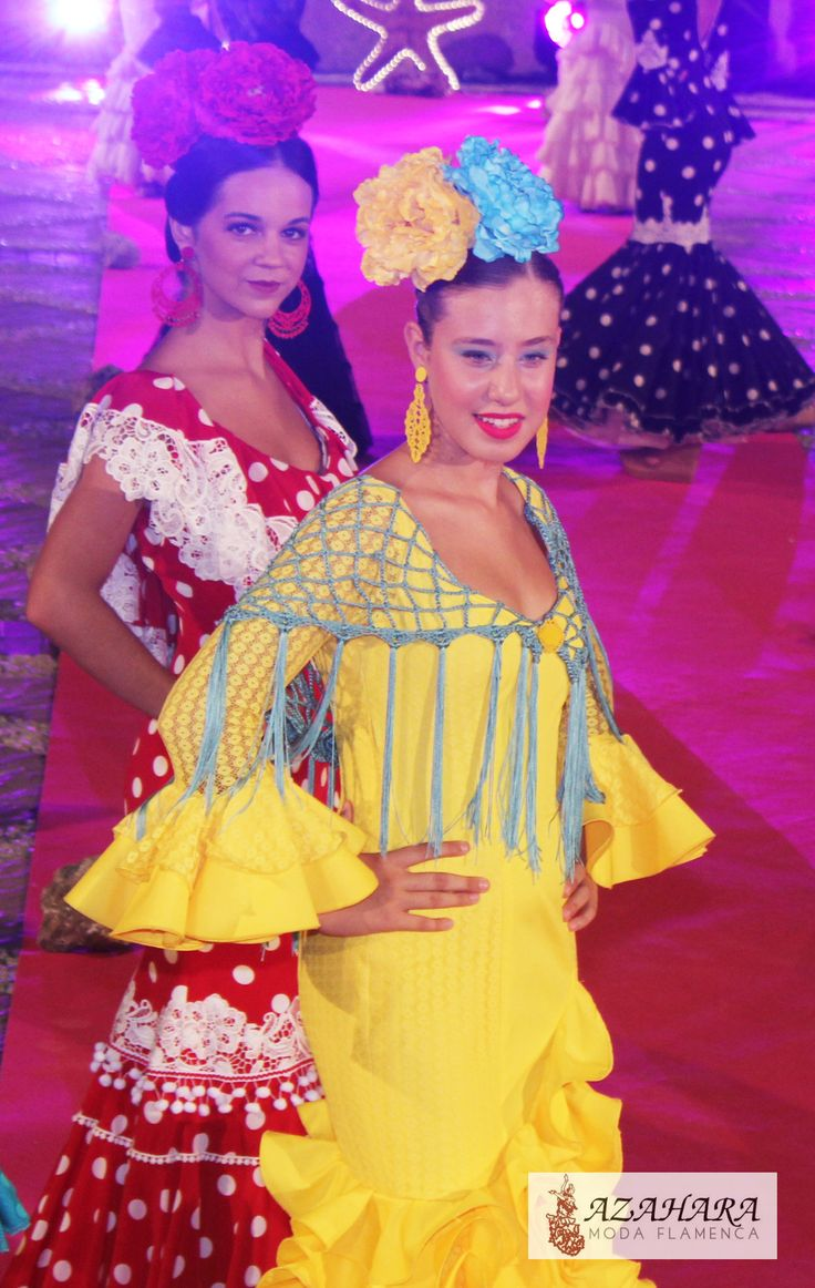 #trajesdeflamenca #modaflamenca #azahara #azaharamodaflamenca #flamencas #flamencodress #complementosdeflamenca #desfile #pasarela