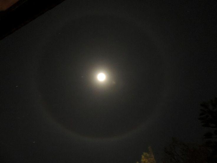 Halo moon nr2.