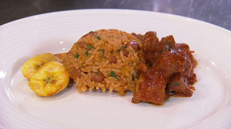 Sharon maakt een van haar favoriete gerechten: gestoofd lamsvlees en bruine bonen met rijst.