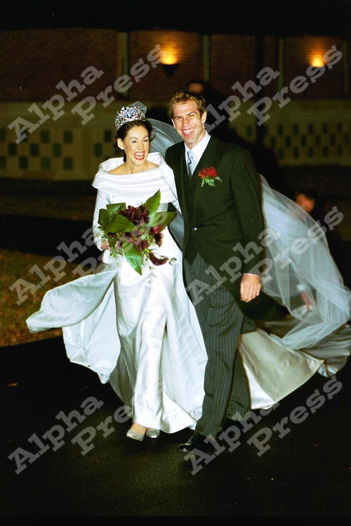 ©KARWAI TANG/ALPHA SPORTS   04/12/99.DOUAI ABBEY,WOOLHAMPTON, BERKSHIRE.WEDDING GREG RUSEDSKI TO LUCY CONNOR