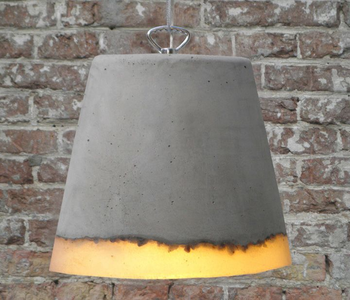 Concrete lamp by Renate Vos lighting
