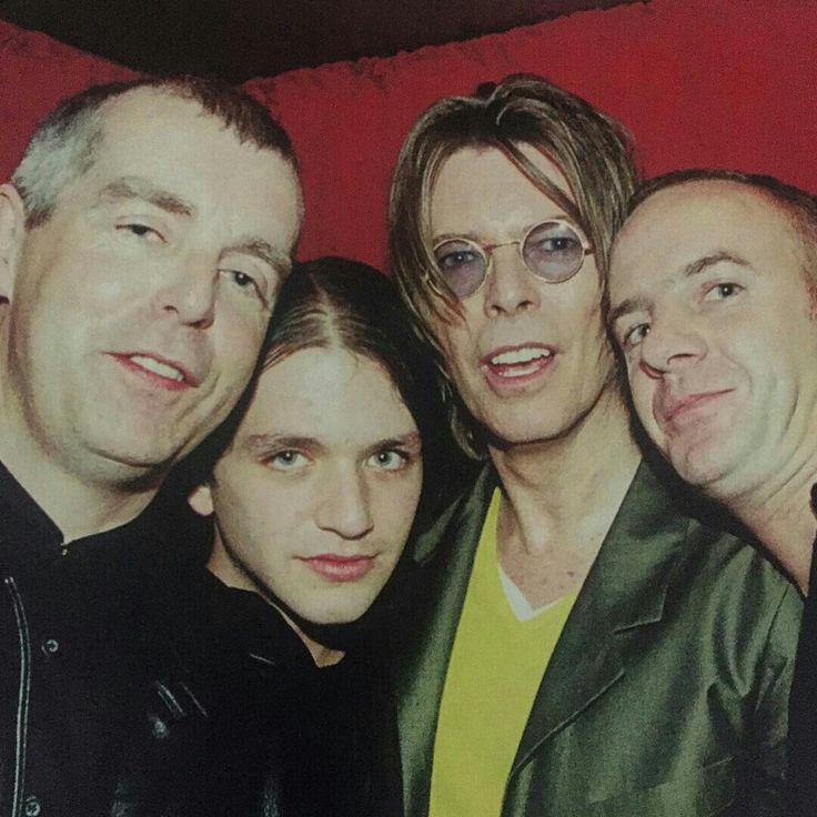 Neil Tennant, Brian Molko, David Bowie & Norman Cook (1999)