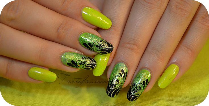 nail art spirale vert