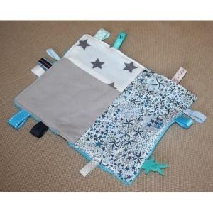 Doudou étiquettes Liberty poussières détoiles gris/bleu