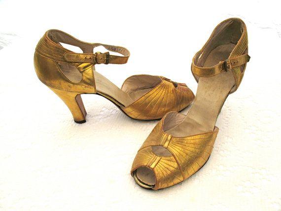 vintage 20s gatsby metallic gold dance shoes peekaboo