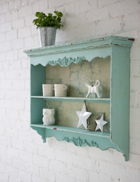 Kind of thing for the bit of wall above Evie's soon to be new bedside table?
