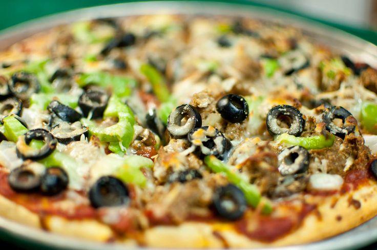 Вегетарианская пицца: 5+ рецептов с фото - http://life-reactor.com/vegetarianskaya-picca-5-receptov-s-foto/