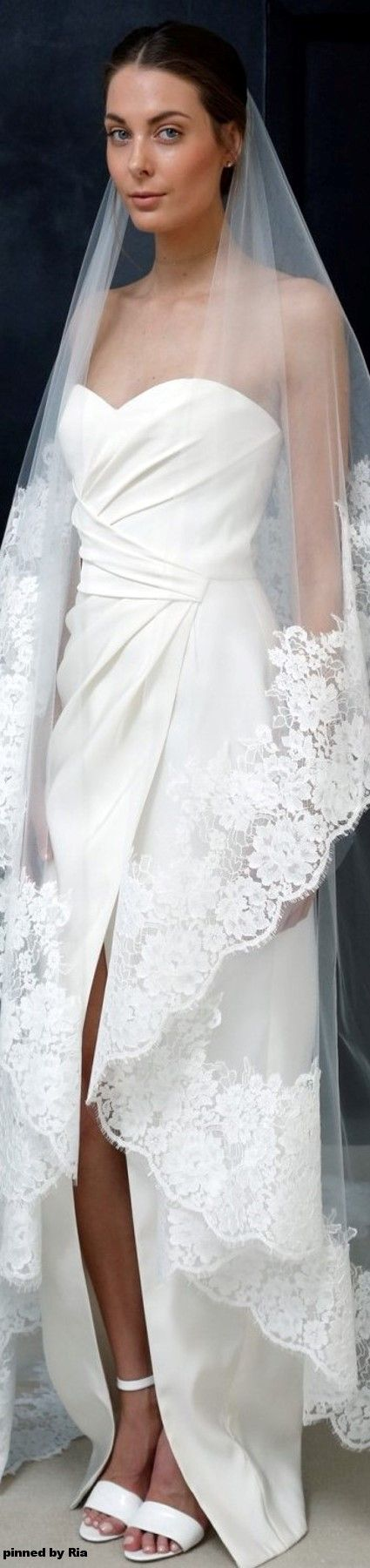 J Mendel Bridal Spring 2017 l Ria Oh my! The train definitely elevates an already elegant gown.