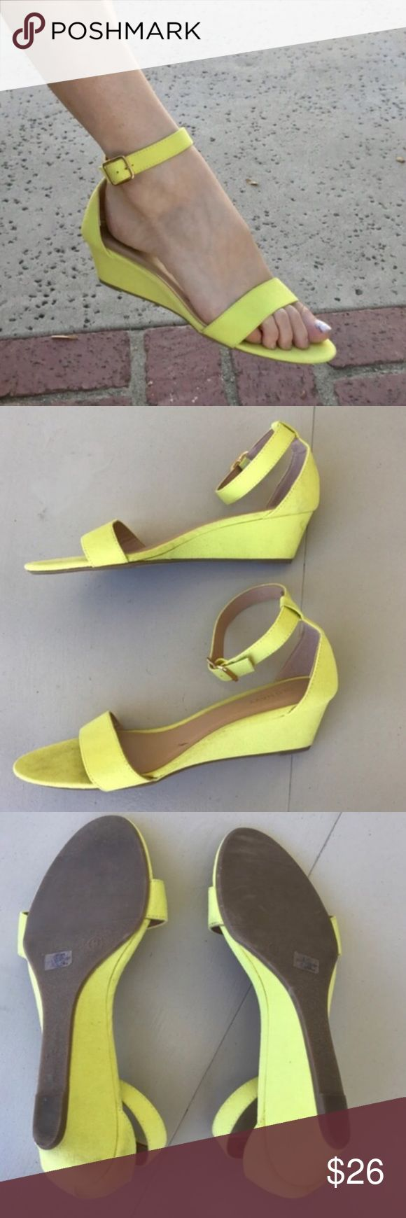 """Yellow WEDGE SANDAL STRAPPY Sz 9 faux suede low So pretty! BEST SANDALS! Fresh Lemon Yellow low WEDGE SANDAL Sz 9, faux suede. So comfortable so flattering on the feet and legs! Can DRESS up or down. Get the style without the high heel! 1.75"""" height. (F22) Yellow low WEDGE SANDAL STRAPPY Sz 9 faux suede Old Navy Shoes Sandals"""