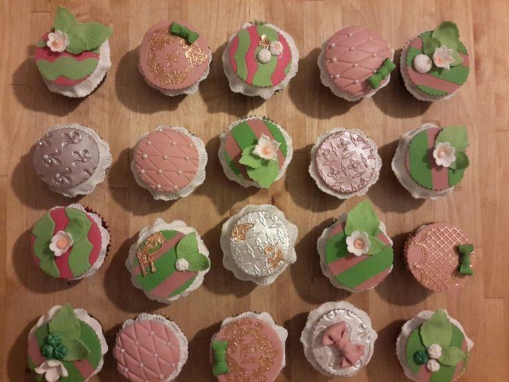 Vintage cupcakes2