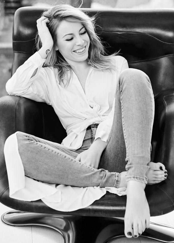 Day 51: Marie-Mai http://en.louloumagazine.com/fashion/style-challenges/366-days-of-looks-2016-quebec/ / Jour 51: Marie-Mai  http://fr.louloumagazine.com/mode/defis-de-style/366-jours-de-looks-2016-2/