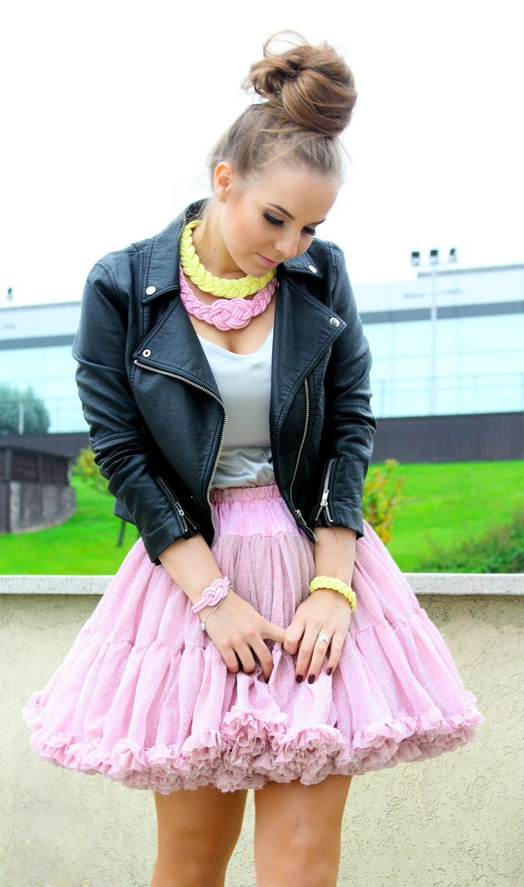 Pastel necklaces and bracelets! Pink, yellow💝 skirt, hungarian Handmade