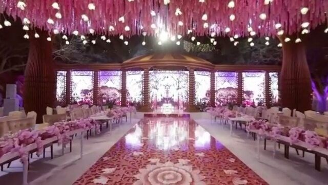 💕💕 enchanting outdoor wedding decor 💖 💖  #followme  We love this 5 🌟 🌟 🌟 🌟 🌟  @lebaneseweddings by @lemariage ___________________ Le mariage @lemariage. @pulseproduction @casadelflora. ____________________ #lebaneseweddings #forevermarried #weddings #bridal #planner #eventplanner #stylist #bride #bridetobe #couture #dresses #create #design #makeup #beauty #boho #flowers #ceremony #weddingplanner #love #photography #gettingmarried #fashion #weddingdress #bridalblogger #jewellery…