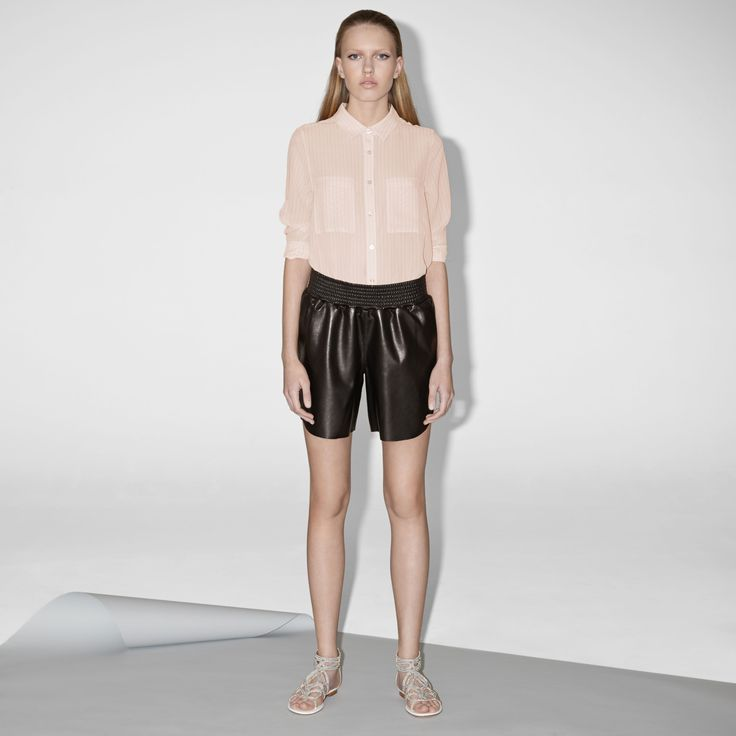 FWSS Fireflies are shorts in soft nappa lamb leather with raw edge details, rounded side seam details and an elasticated smocking waistband.  http://fallwinterspringsummer.com/