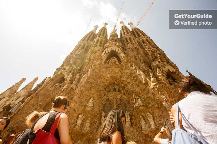 The history behind the Sagrada Familia is just as fascinating as the building itself. With your fast track access, get ready to discover little-known facts and unbelievable stories on a fully-guided tour of the basilica.
