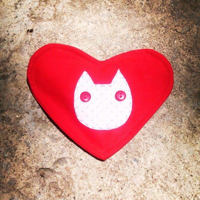 Amor de Gatos Cuida tu Dinero #cats #lamagiavienedelcorazon  #design #diseñocolombiano #produccionlimpia #gato #handmade #hechoamano