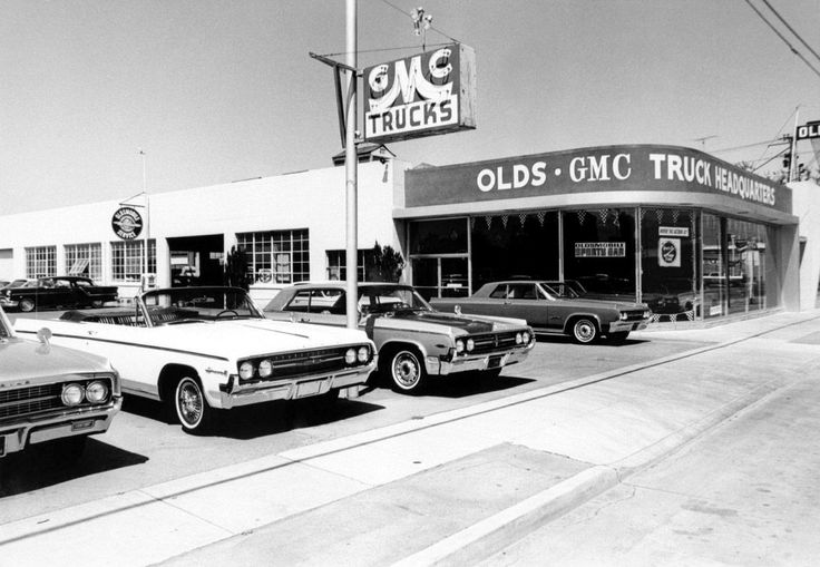 Olds (and GMC) HQ showroom and front line… 1964