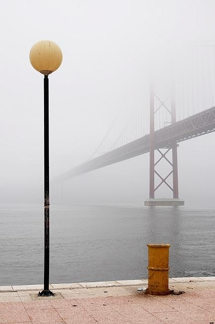 Lisboa e o rio, ponte 25 de Abril