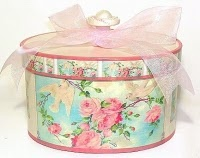 Roses & tulle hatbox