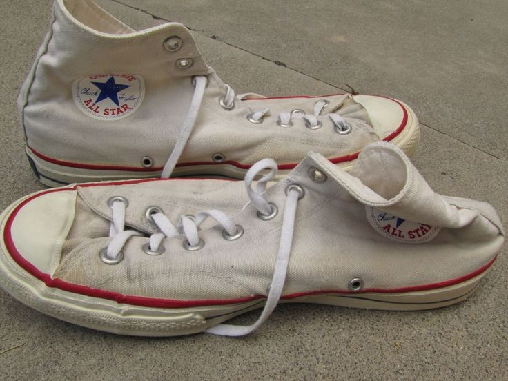 vtg 50s 60s Converse CHUCK TAYLOR white canvas ALL STARS shoes USA 9.5 high tops #ChuckTaylor #Athletic