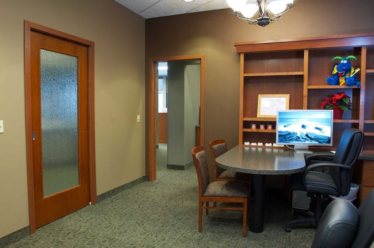 Medical office interior design pictures orthodontic for Medical office interior design