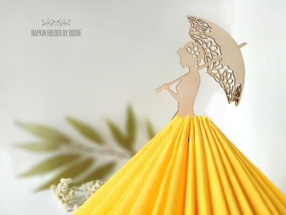 Portatovaglioli romantico signora con ombrello / Wedding portatovaglioli / decorazioni da tavola / Wedding Decor / tavolo arredamento / taglio Laser legno / Idea