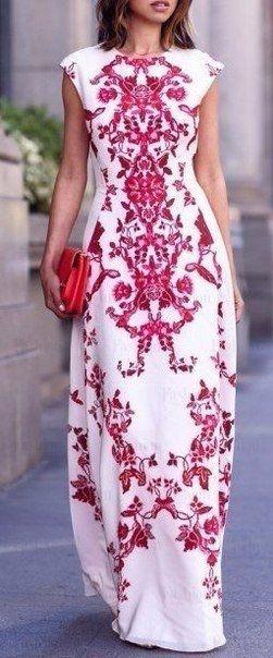 Чудесные платья с цветочным принтом.