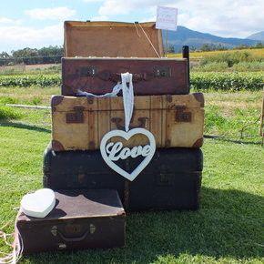 Vintage Suitcase Hire  www.elite-events.co.za