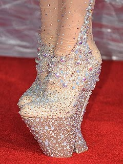 Lady Gaga shoes. Ah my God, how does she wear all these so uncomfortable shoes? Walks in them, & dance with them??!!