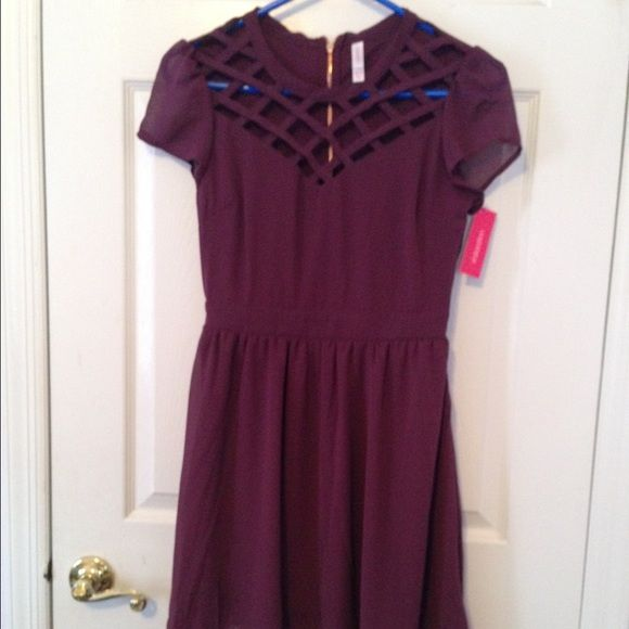 Plum flowy dress Tags still on never worn Dresses Midi