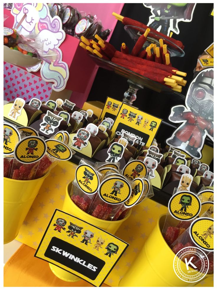 Mesa de dulces | candy bar | cumpleaños doble  | Unicornio | Guardianes de la galaxia | Rosa | Morado | Negro | amarillo | fiesta doble  | niña y niño | dulces | chocolates | picosito | KUUKI eventos | www.beKUUKI.com